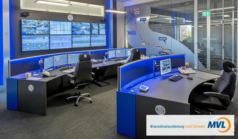 JST Monitorwand Großbildwand in der Leitwarte MVL Schwedt
