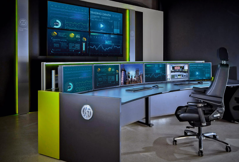 JST DisplaySuit mit Alarmlight und breiter Wandverkleidung