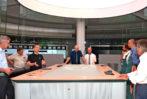 JST hat einen digitalen Touchscreen Tisch für PCK Raffinerie konzipiert