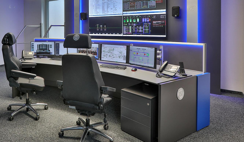 JST-Referenz GEW Energieversorger: Netzleitstelle mit Videowall und moderne Steuerungstechnik für Leitwarte