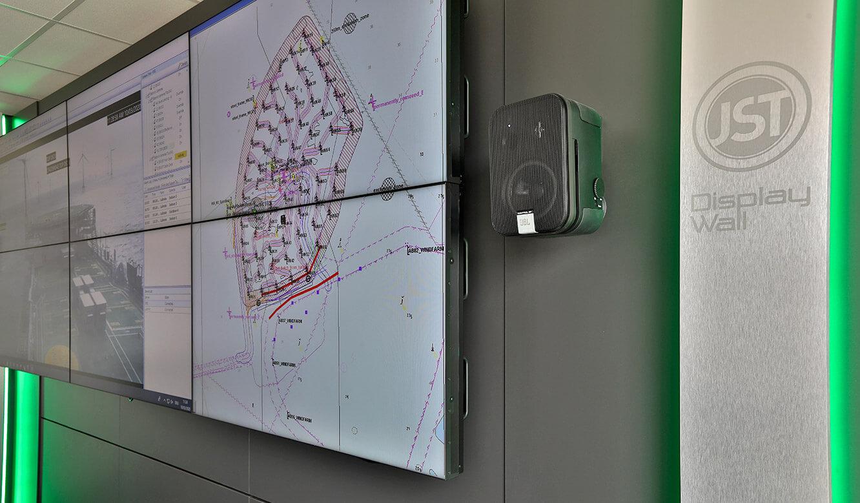 JST-Referenz Iberdrola Sassnitz: Leitstelle Windenergie - erleichterte Wartung für Großbildwand