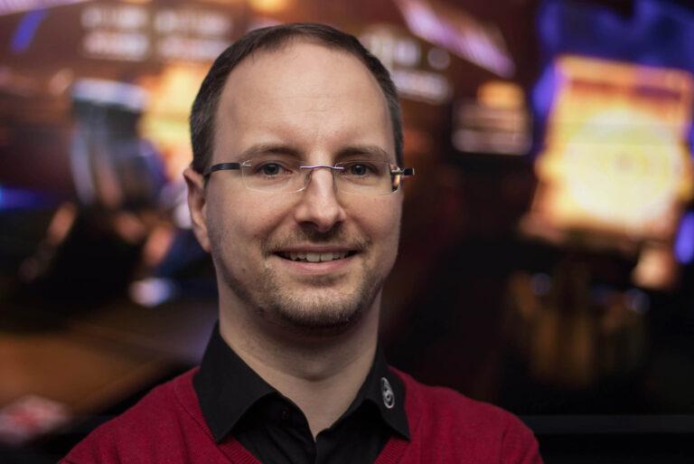 JST-Academy: Benjamin Schmitz koordiniert die Schulungen für Kontrollraummitarbeiter