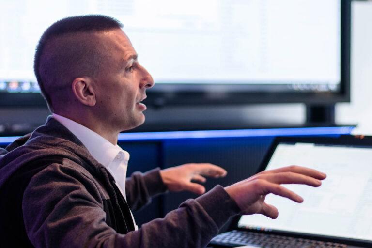 JST-Academy: IT-Spezialist Christian Beck gibt praktische Tipps