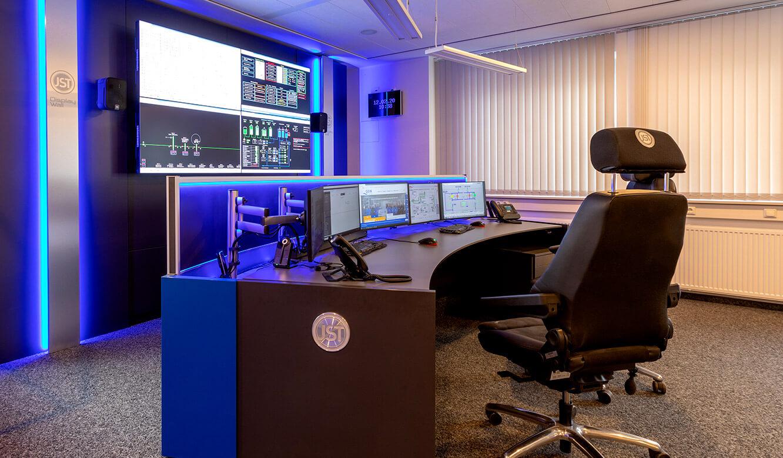 JST-Referenz: GEW Wilhelmshaven Netzleitstelle nach der Modernisierung