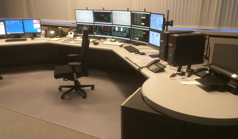 JST-Referenz: GEW Wilhelmshaven Netzleitstelle vor der Modernisierung