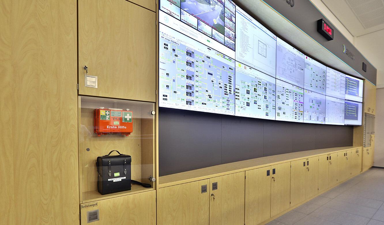 JST Referenz Energieversorger Gassco Emden Erdgas-Messwarte - große Videowall für den Leitstand