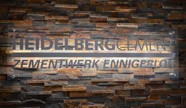 JST-Referenz HeidelbergCement Leitstand: Logo Prozesse und Qualität