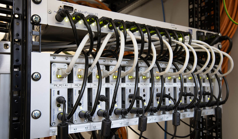 JST-Referenz HeidelbergCement Leitstand: technische Komponenten für Leitwarte